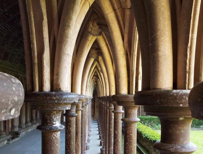 columns-mont-st-michel-cloister